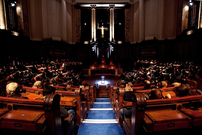 Witness for the Prosecution returns to London County Hall